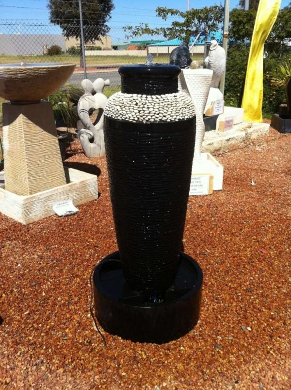 Black-Terrazzo-Urn-with-Pebbles-FIA024