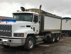 Mack Truck (2)